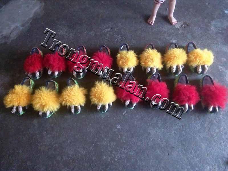 giày múa lân